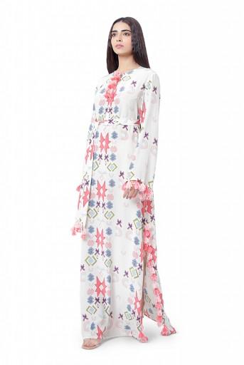 PS-KF0046-P-2  #PSGirl Summiya Patni - White Printed Crepe High-Slit Kaftaan with Belt