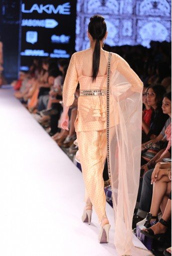 PS-FW306 Aleya Blush Printed Dupion Silk Kurta with Dhoti Pant and Tulle Dupatta