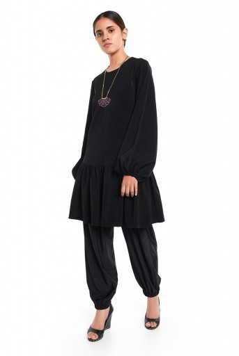 PS-TU1524  Black Colour Thick Georgette Frill Hem Tunic
