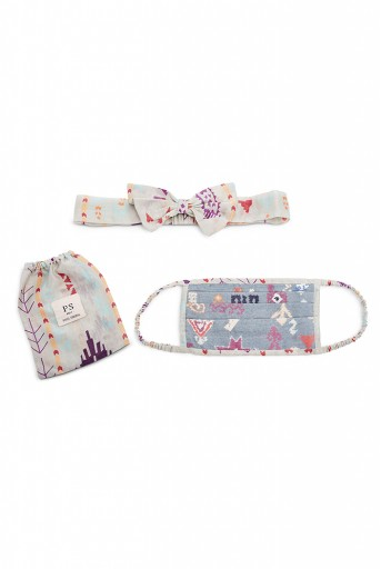 PS-HM0014  Blue Bandhani Kilim And Grey Ikat Stripe Print Pleated 3 Ply Mask With Pouch And Hairband Set