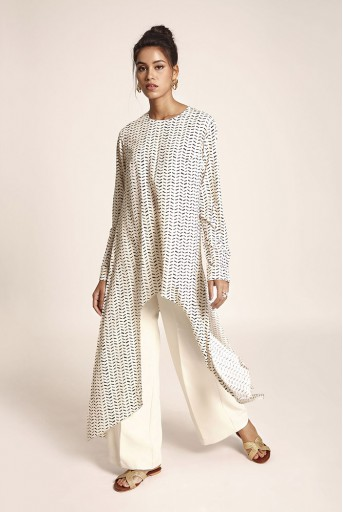 PS-TUA0025 Cream Printed Art Crepe Tunic