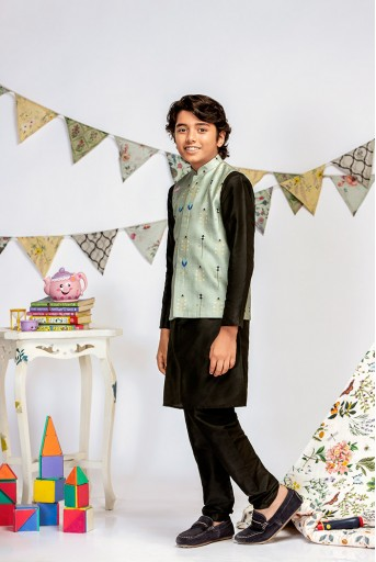 PS-KB0014 Green Printed Silkmul Bandi with Black Cotton Silk Kurta and Black Cotton Silk Churidar