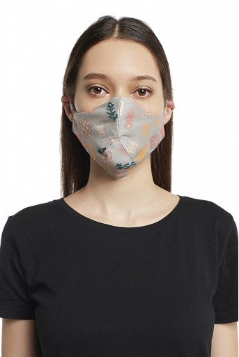 PS-MS0006 Grey and Lavender Bandhani Kilim Print Reversible 3 Ply Mask with Pouch