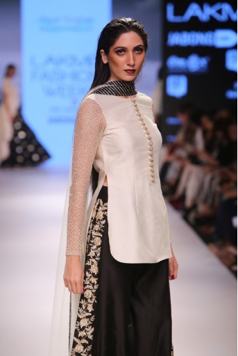 PS-FW349 Nailah Cream Silkmul Kurta with Black Silkmul Palazzo and Tulle Dupatta