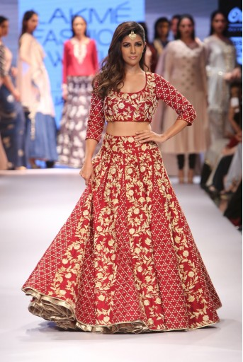 PS-FW371 Nimrat Marsala Red Silk Choli and lehenga With Black and Stone Tulle Dupatta