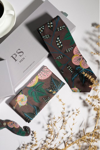 PS-TPM003  PS Men Brown Abutilon Print Crepe Tie with Matching Moustache Pin/Broach and Silkmul Pocket Square (Set of 3)