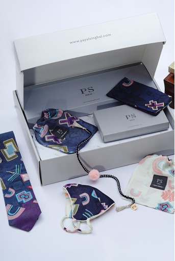 PS-GB009  PS Men by Payal Singhal Luxe Rakhi Gift Hamper for Men (Set of 5)