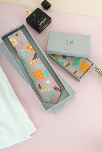 PS-TPS001  PS Men Lavender Orange Bandhani Kilim Print Crepe Tie with Matching Silkmul Pocket Square (Set of 2)