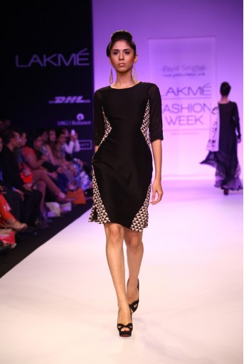 PS-FW196 Razia Black mul Dress