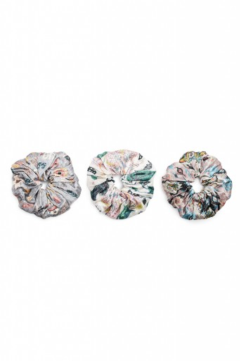 PS-SCR037  Set of 3 Assorted Velvet Scrunchies in Signature Prints