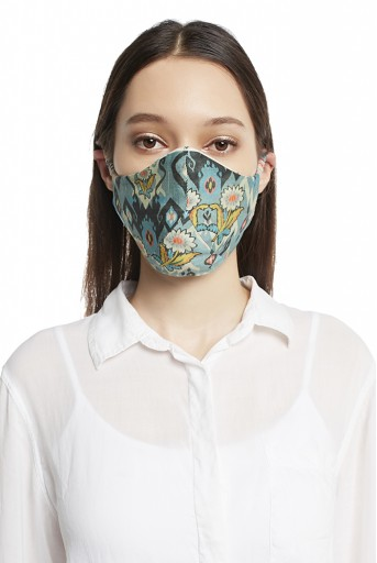 PS-MS0004 White and Blue Ikat Love Print Reversible 3 Ply Mask with Pouch