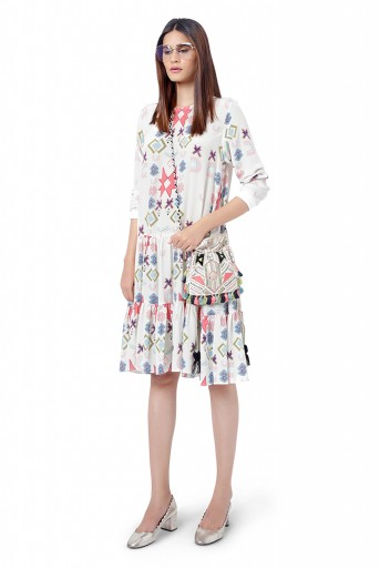 PS-TU1533-A  White Colour Printed Crepe Frill Hem Tunic