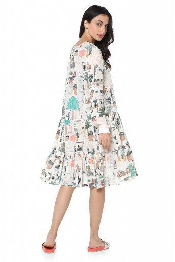 PS-TU1520-A  White Colour Printed Crepe Frill Hem Tunic