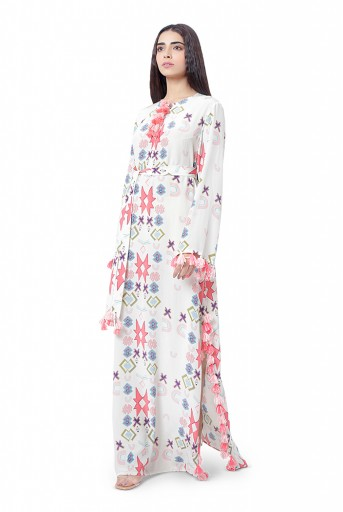 PS-KF0046-P  White Printed Crepe High-Slit Kaftaan with Belt
