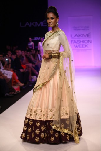PS-FW215 Ziyaa White mul choli  with white mul Lehenga Net Dupatta